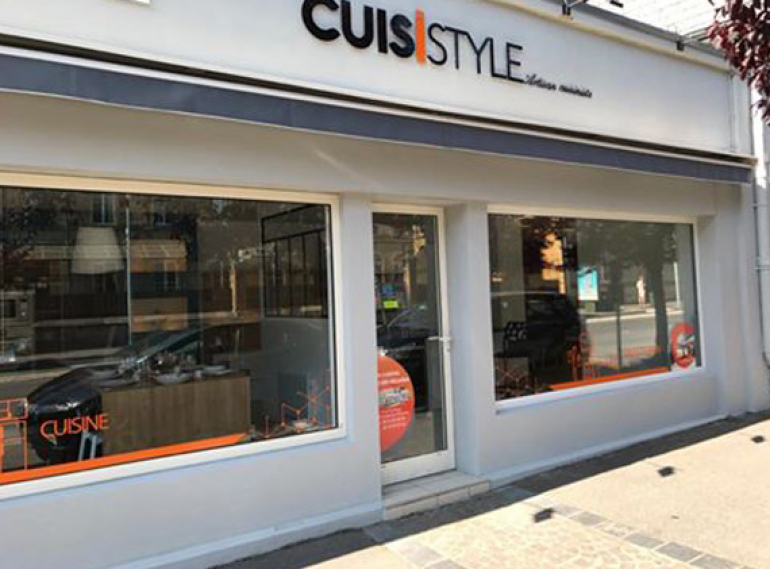CUISISTYLE_Vitrine_cuisines_Kocher_Charleville_Mezieres